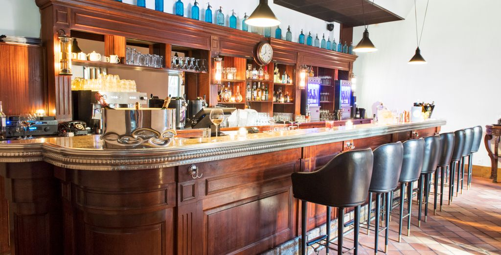 Then reward yourself with a drink in the hotel's charming bar