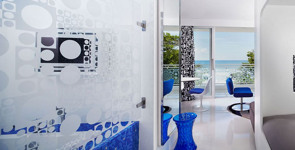 Or to get the most of the magnificent view of Seminyak Beach, opt for the Sunset Studio