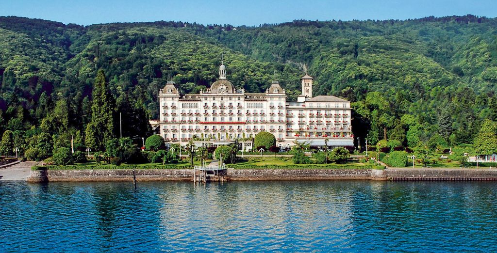 Stay right at the water's edge...  - Grand Hotel Des Iles Borromees 5* Stresa