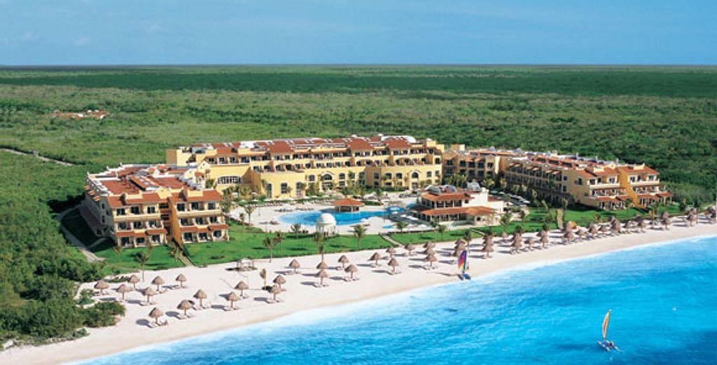 - Secrets Capri Riviera Cancun***** - Cancun - Mexico Cancun