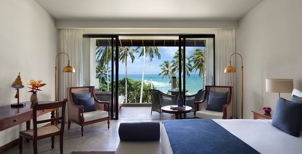 Where you will be stayind in a Premier Ocean View Room ...
