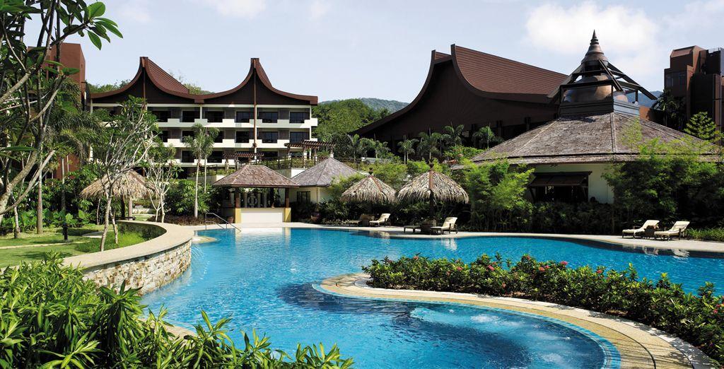 To the Shangri-La's Rasa Sayang Resort