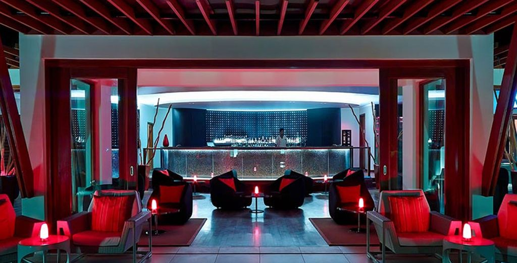 Discover the hotel's bars