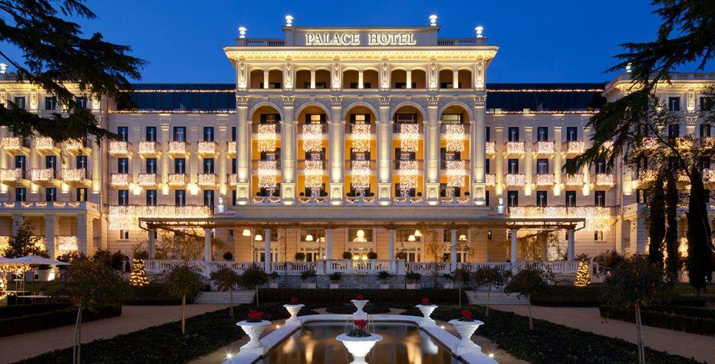 Stay at the 5* Kempinski Palace