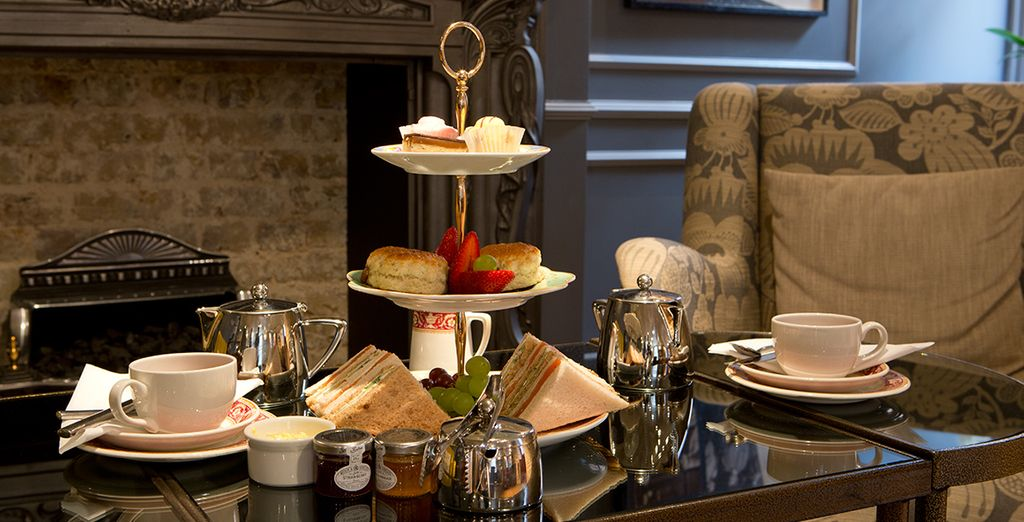 After sightseeing, return to a complimentary afternoon tea