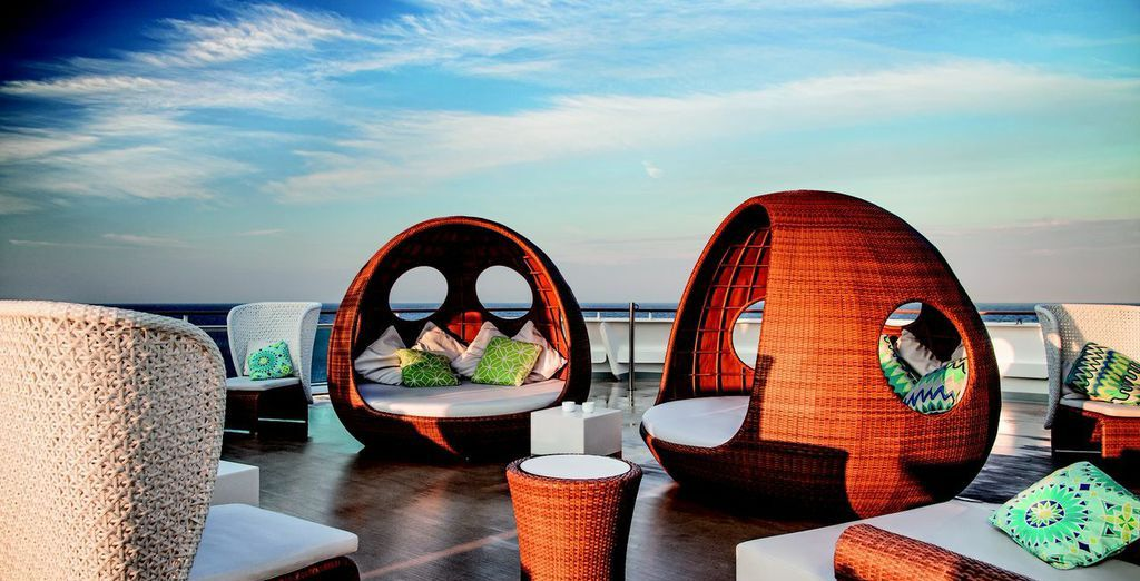 And superb relaxation spots, where you can breathe in the sea air...
