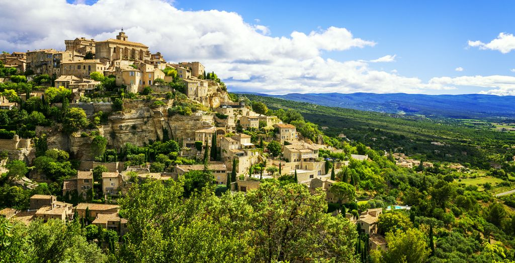 From idyllic hilltop towns with commanding views such as Gordes