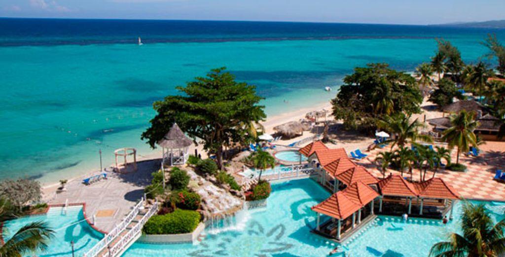 - The Jewel Dunn's River Beach Resort & Spa**** - Ocho Rios - Jamaica Ocho Rios