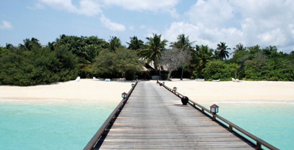 - Palm Beach Resort & Spa Maldives**** Maldives