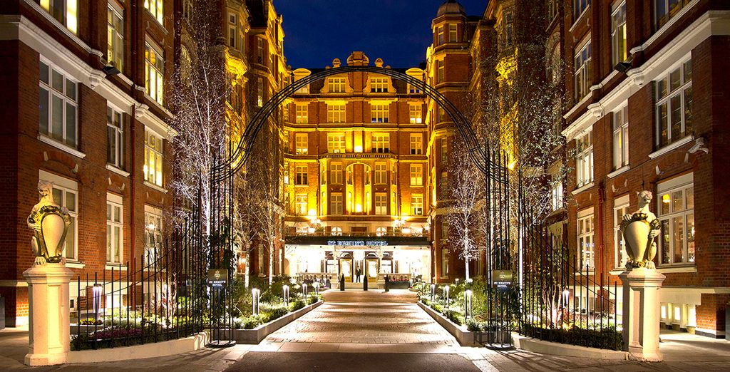 A Luxurious Stay in the Capital  - St Ermins Hotel**** - London - United Kingdom London