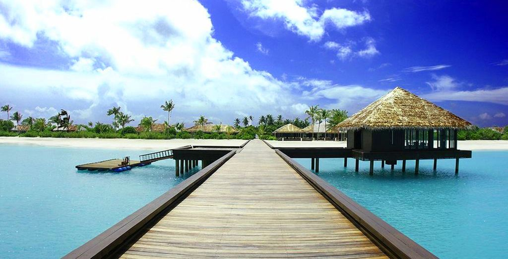 Discover the beauty of the Maldives