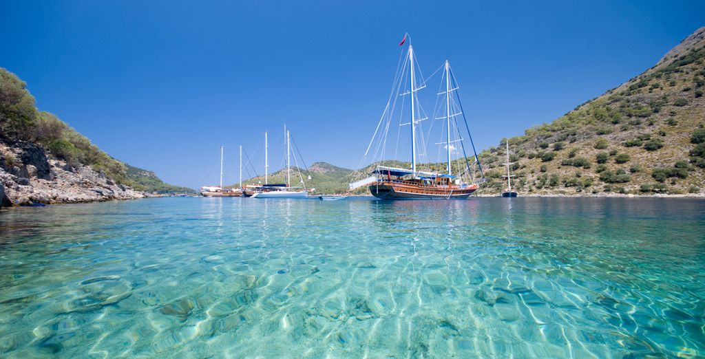 Along the way you will visit beautiful areas such as Fethiye