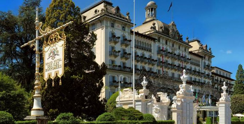 Enjoy a fabulous stay at the Grand Des lles Borromees