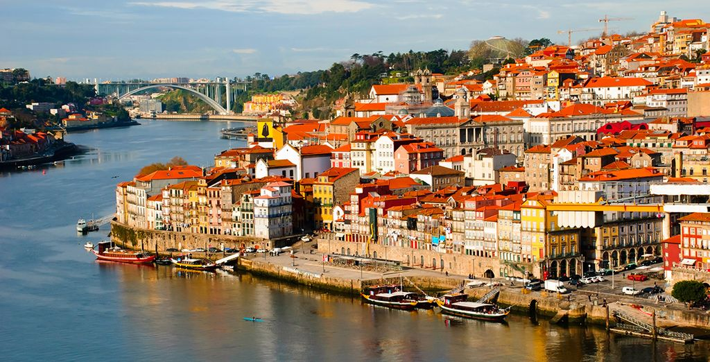A favourite of travellers for hundreds of years, Porto is waiting... - InterContinental Porto 5* Porto
