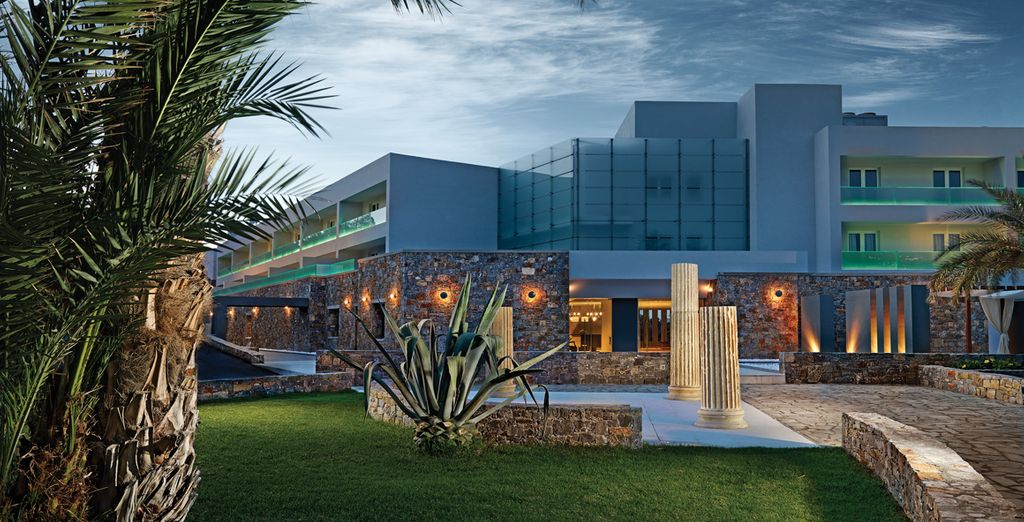 Welcome to the newly-renovated Crystal Energy Hotel