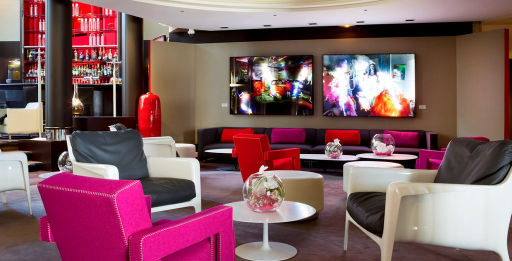 The colourful, 5* Sofitel Paris La Défense - Sofitel Paris La Defense 5* Paris