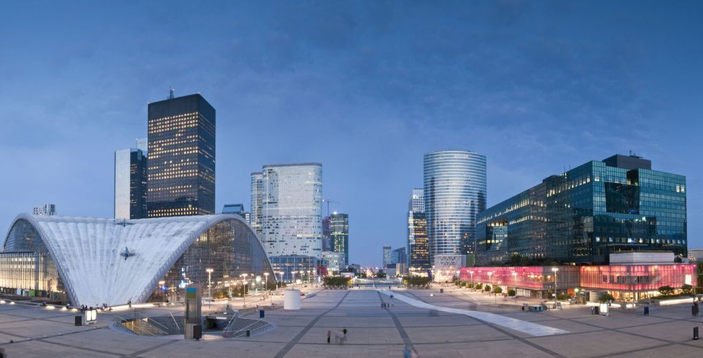 A modern and energetic area... - Sofitel Paris La Defense 5* Paris