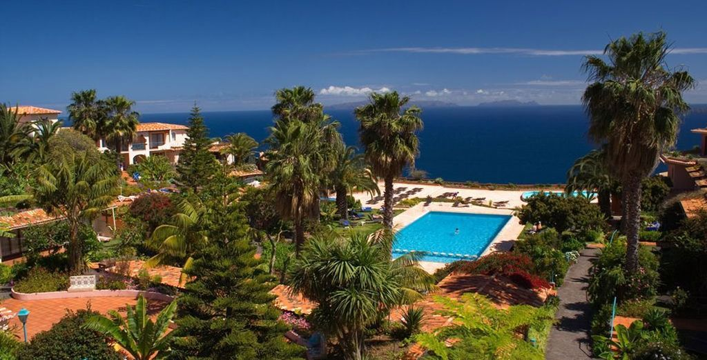 The estate is set in 30,000 square metres of beautiful landscaped gardens, overlooking the sea