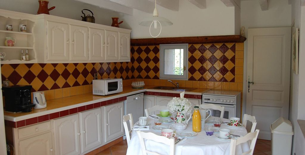 And a well equipped kitchen