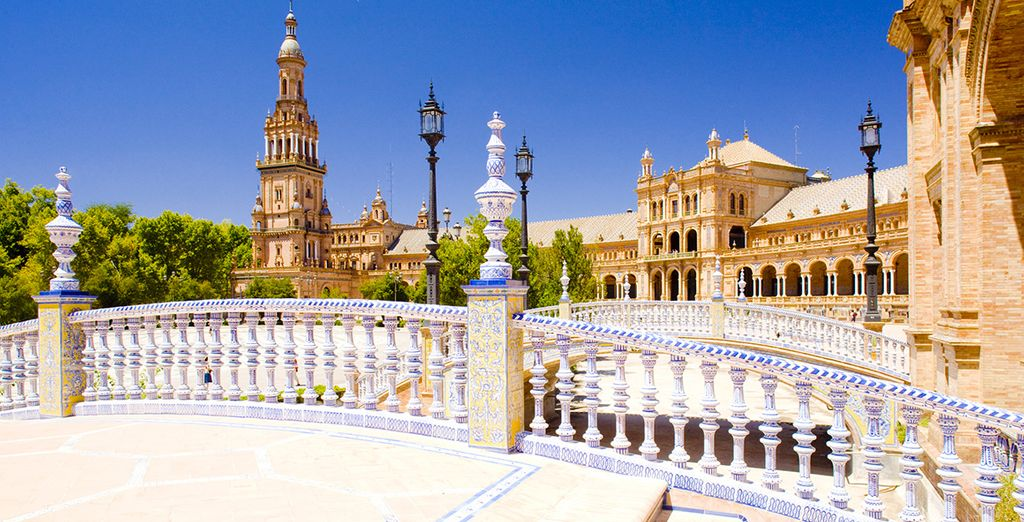 Before going out to explore the cities landmarks such as the Plaza de España