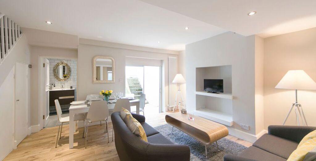 Apartment 2: Gorgeous open-plan living room