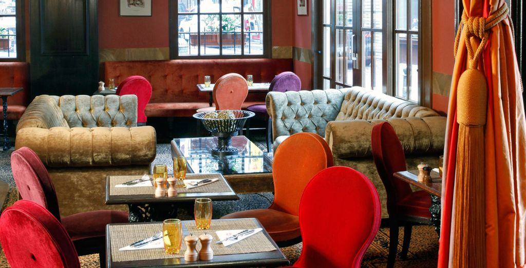 Featuring delicate velvets, comfortable seats and a cosy atmosphere
