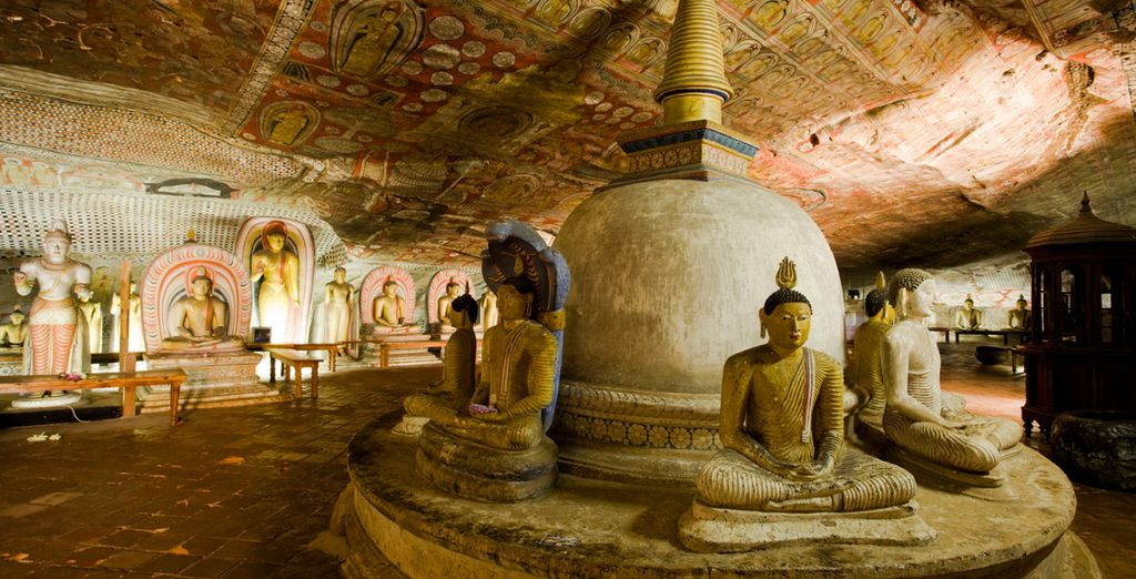And Dambulla's cave temples