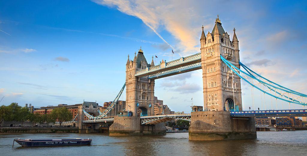 Explore London's historic architecture and landmarks