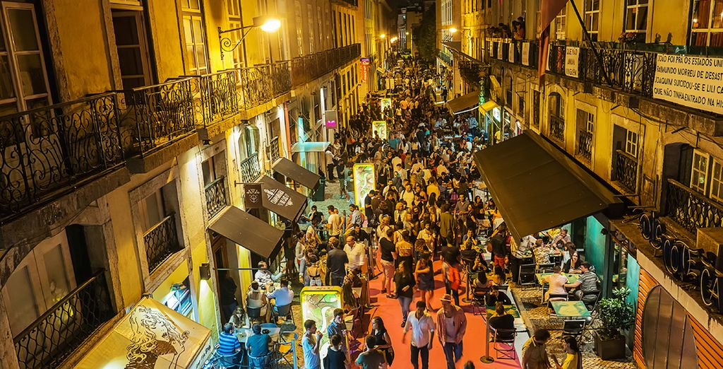 City Breaks : nightlife in Lisbon
