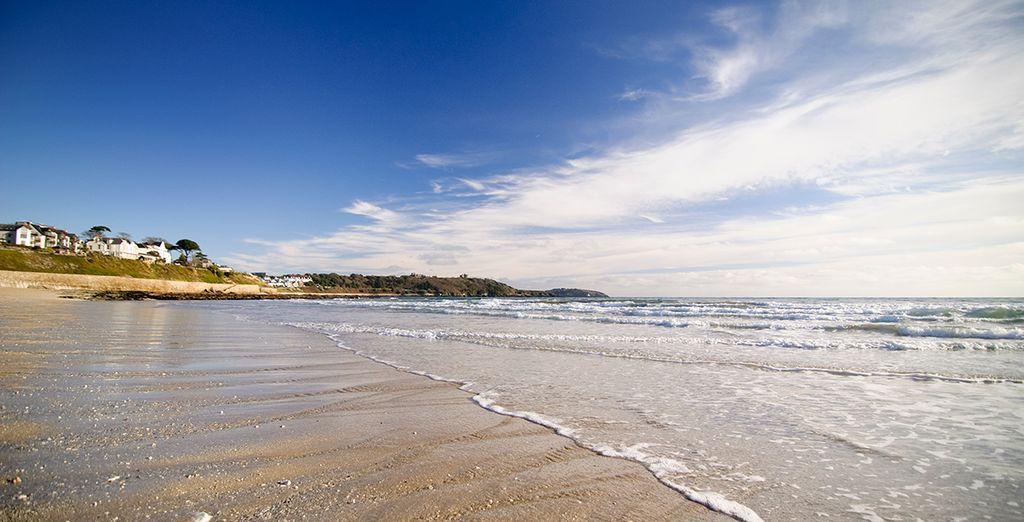 Explore the amazing Cornish beaches