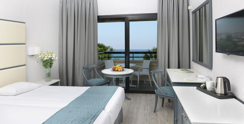 Our members can enjoy a Superior Sea View Room
