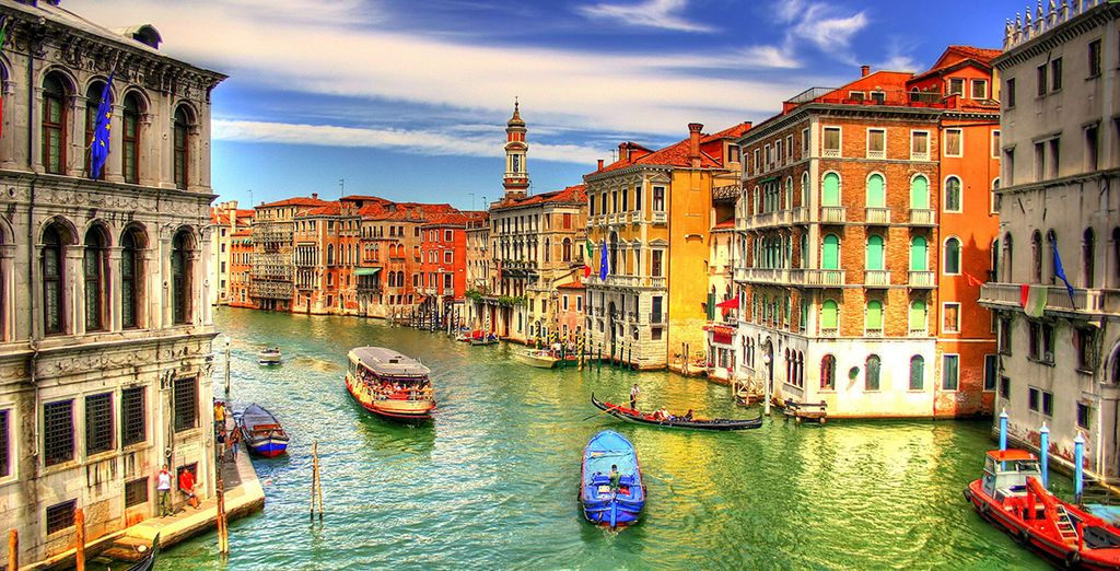 Just moments from the Grand Canal... - Hotel Amadeus 4* Venice