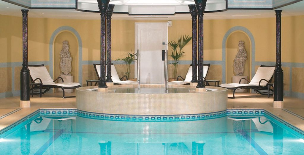 Relax in the health suite with pool, sauna, whirlpool and steam room