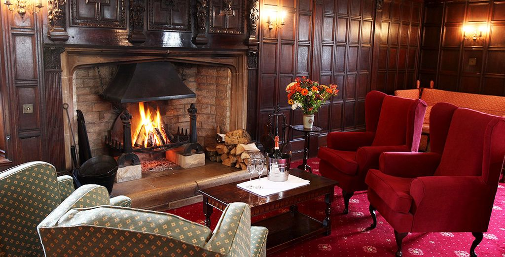 Welcome to this majestic, grade II-listed manor house - Mortons House Hotel 3* Corfe Castle