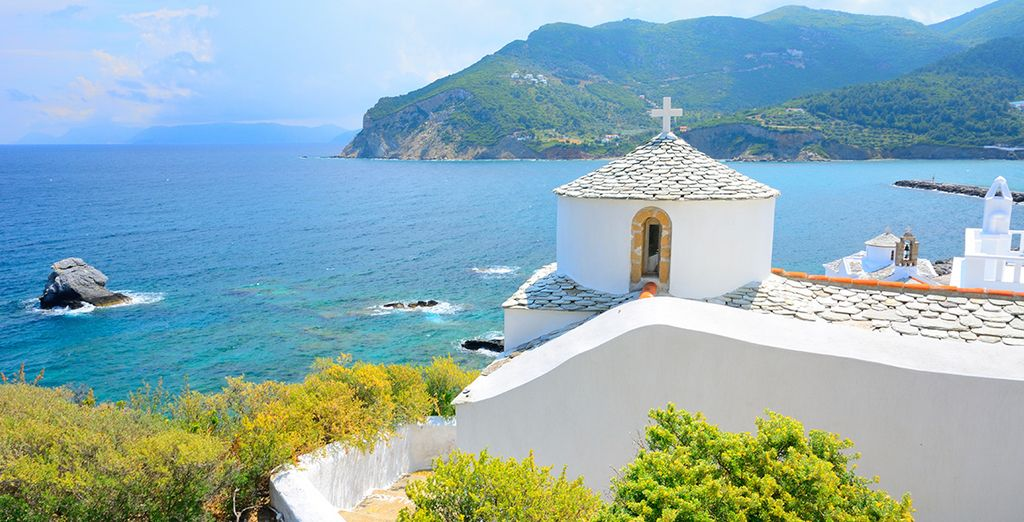 Enjoy beautiful views over the idyllic Greek island of Skopelos