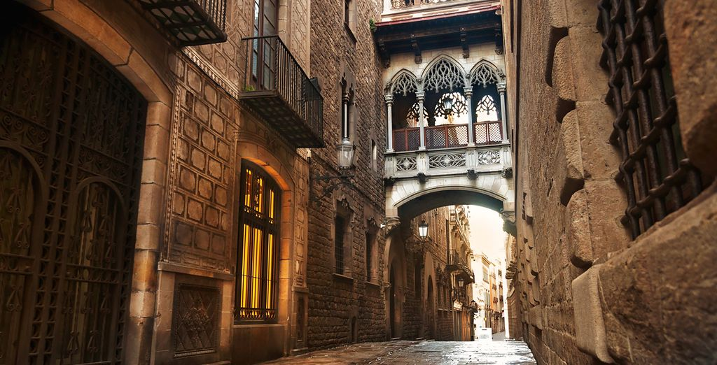 To the Gothic Quarter