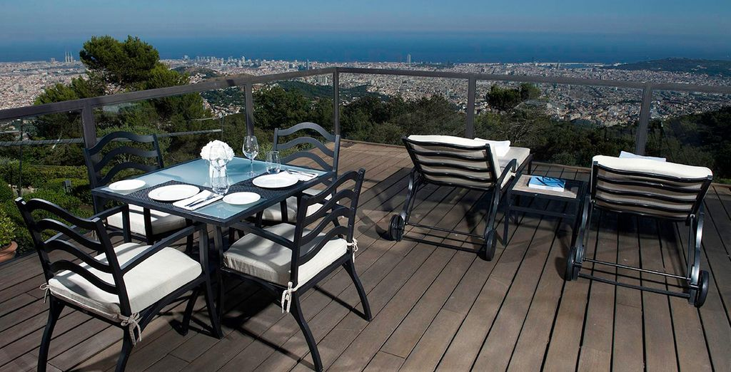 Located high up on Mount Tibidabo, it commandes spectacular city views