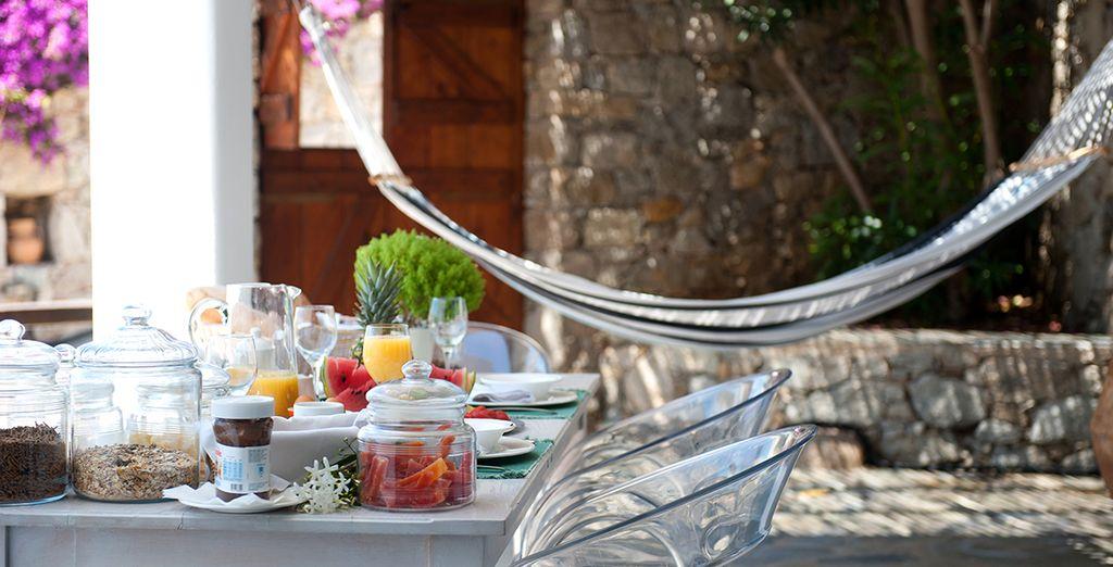 Enjoy a sumptuous fresh breakfast each morning