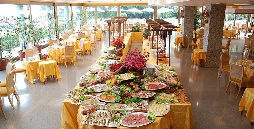 Our members will enjoy a freshly prepared buffet breakfast each morning