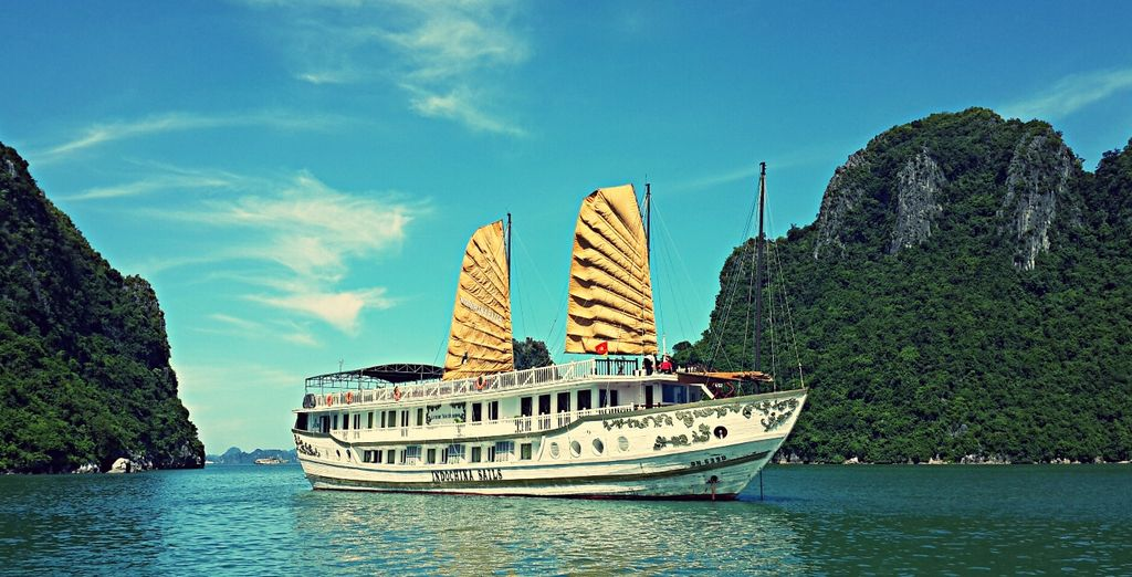 Jump aboard the Indochina Sails Cruise