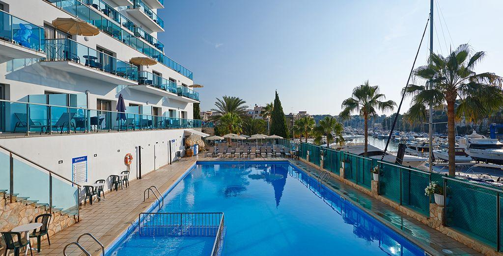 In the port of Porto Cristo - Aparthotel Porto Drach 4* Palma de Mallorca