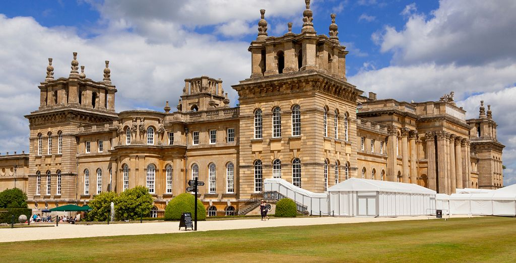 You are within walking distance from Blenheim Palace