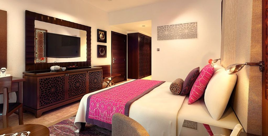 Discover your beautiful Superior Room Garden View