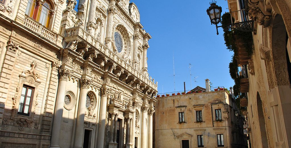 You are just an hour's drive from culutre-filled Lecce