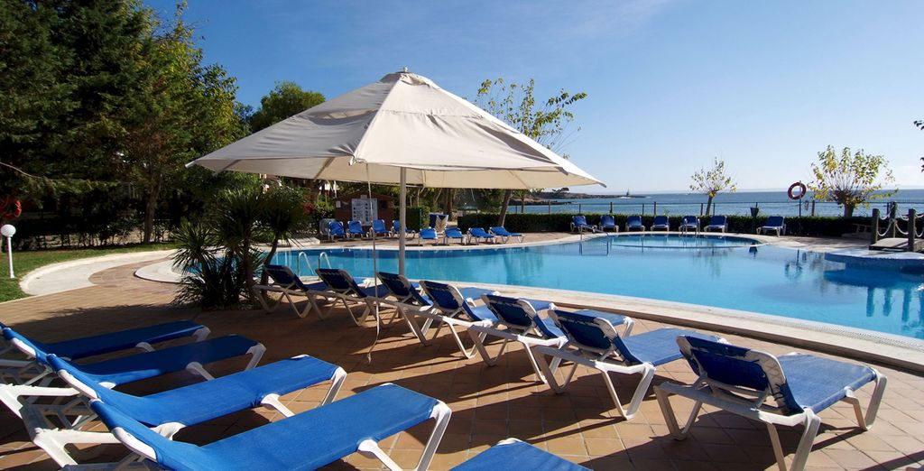 Plus free access to its spa and outdoor swimming pool