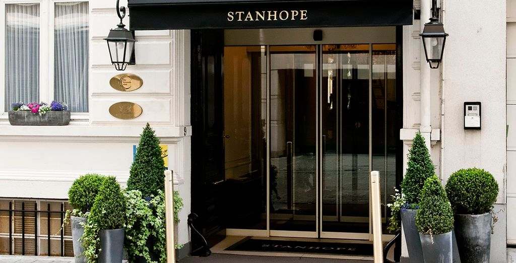 Welcome to the 5* Stanhope Hotel