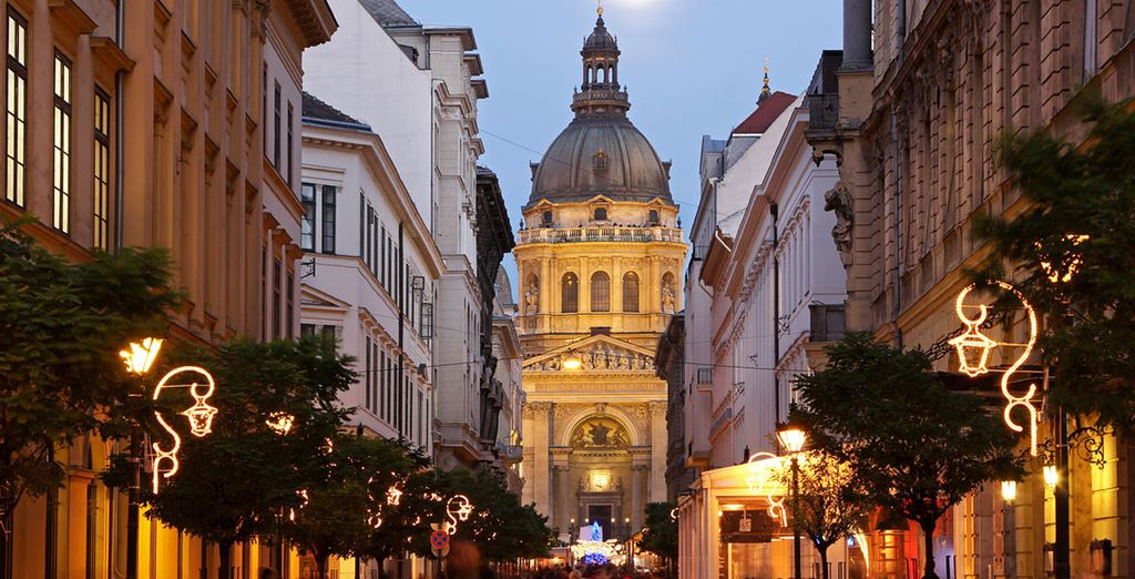 Budapest comes alive in the Christmas period