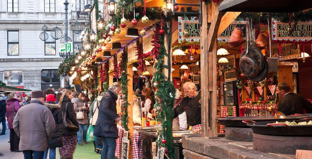 Enjoy strolling through a winter market!