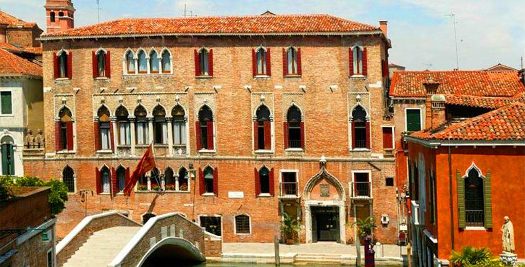 Home to the Hotel Al Sole...