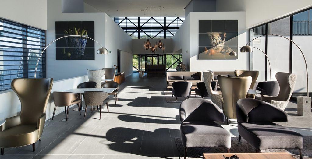 Boasting seamless decor
